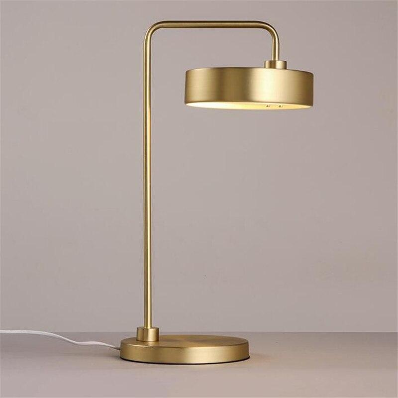 Lampe de bureau plaquée or led lampe de table d'hôtel décorative