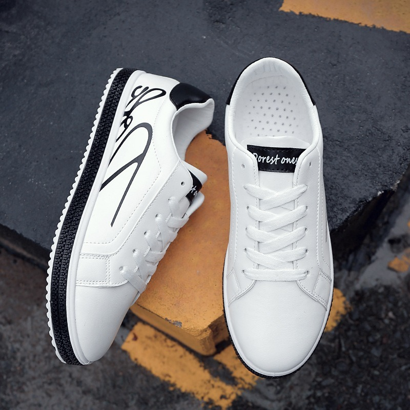 2020 Men Fashion Shoes White Black Red Sneakers Casual Shoes Lace Up PU Leather Breathable Trainers Soft Walking Shoes