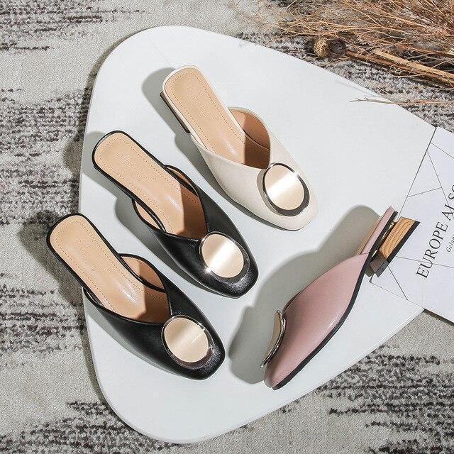 Prawdziwej skóry muły kobiet buty ozdoby metalowe kwadratowe Toe kapcie Casual masywne obcasy slajdy wkładane mokasyny Big Size Mule