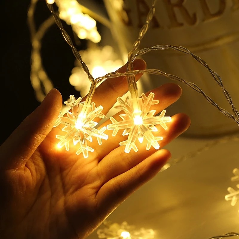 220V/USB Colorful Snowflake LED String Lights Christmas Flashing Lights Operate Twinkle Holiday Party Decoration Fairy Lights