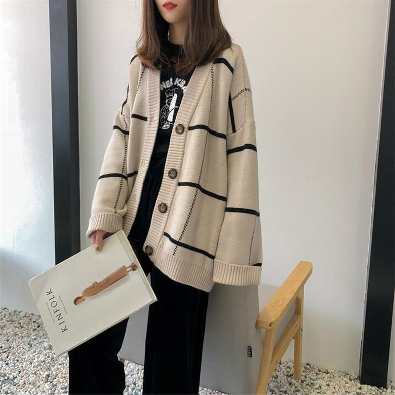 2019 Autumn And Winter Women's Sweater Plaid V-neck Cardigan Long-sleeved Thick Warm Loose Jacket
