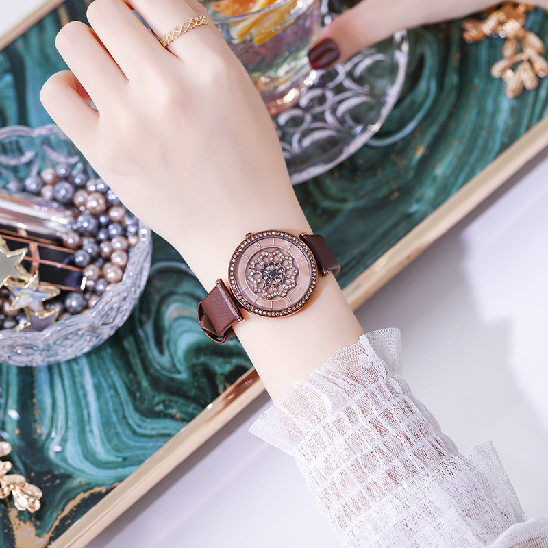 Fashion 2019 Women Watches Women Popular Rotation Quartz Watch Luxury Bracelet Flower Wristwatch Casual Bracelet Watch Gift Box