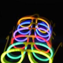 50 סט המפלגה זוהר זוהר אור מקלות הקרינה מקל עם 50pcs פלסטיק משקפיים עומד מסיבת קונצרטים אספקת חג המולד