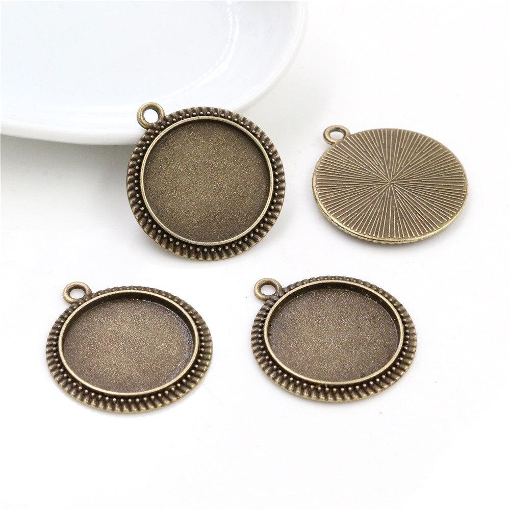 10pcs 20mm Inner Size Antique Bronze Classic Style Cabochon Base Setting Charms Pendant (D3-06)