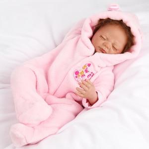 クローズドアイズ女の子の赤ちゃんリアルソフトぼろピンクぬいぐるみ服シリコーン新生児おもちゃや子供の誕生日ギフト