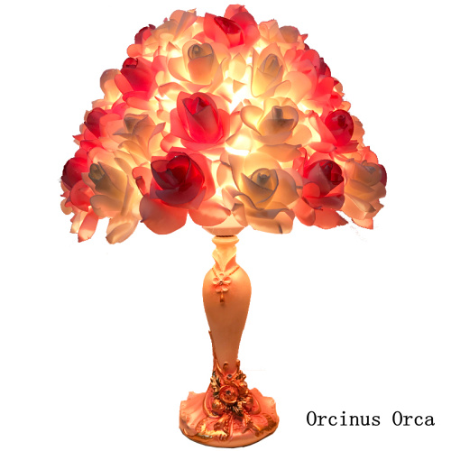 Modern Creative Romantic Rose Table Lamp Bedroom Bedside Lamp European Red Flower Table Lamp Wedding Gift