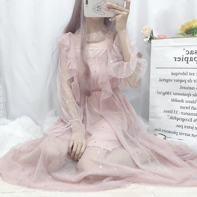 Фото милое летнее платье в стиле лолиты винтажное с рюшами и сетчатое
