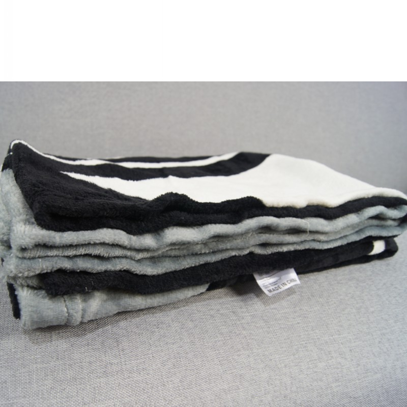 Knitted Gray Black Striped Thin Throw Blankets Manta Coral Flannel Blanket Sofa/Couch Bed/Plane Travel Plaids Summer TV Blanket-5