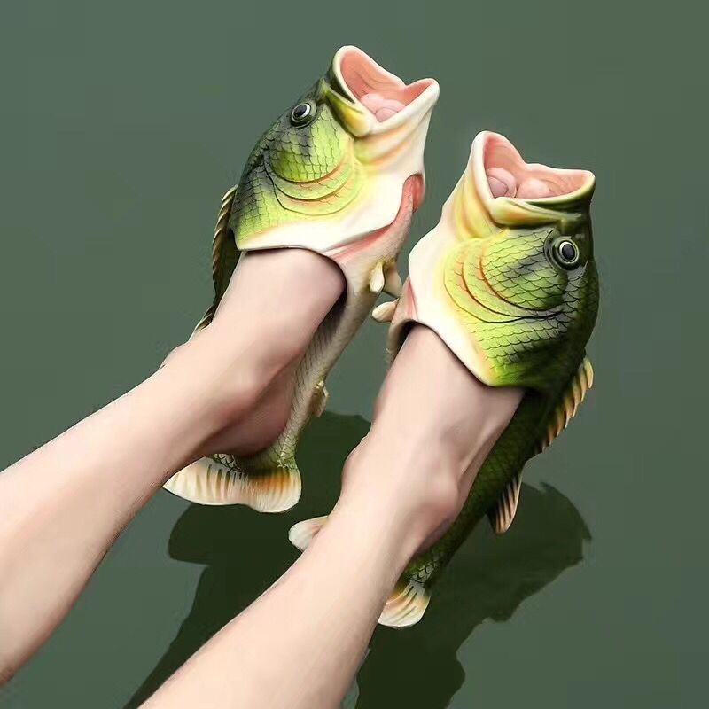 Funny slippers family house shoes men large size 35-47 summer beach slippers boys breathable fish shoes