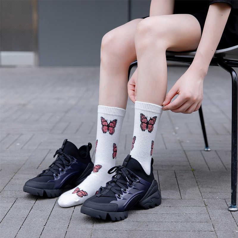 ผีเสื้อใหม่ถุงเท้าผู้หญิงStreetwear Harajukuลูกเรือถุงเท้าผู้หญิงแฟชั่นEUขนาด 35-40 Dropshipping Supply