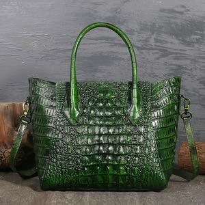 Image 2 - تصميم أصلي العلامة التجارية حقيبة المرأة 2020 ريترو نمط جديد كامل الحبوب والجلود اليد حقيبة كبيرة نمط التمساح المرأة حقيبة جلدية