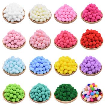 100 sztuk 15-25mm kolorowe pompony lalki do własnoręcznego wykonania odzieży ręcznie materiał miękkie puszyste pompony piłka dla majsterkowiczów akcesoria do zabawek dla dzieci tanie i dobre opinie CN (pochodzenie) Tak ( 50 sztuk) ZY638