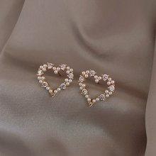MENGJIQIAO – boucles d'oreilles Zicron en forme de cœur pour femmes, bijoux coréens simples et brillants, en perles creuses, pour étudiantes, élégants et mignons