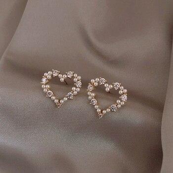 MENGJIQIAO coréen Simple brillant Zicron creux perle coeur boucles d'oreilles pour les femmes étudiants élégant mignon Boucle D'oreille bijoux