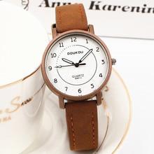 Ladies designer vretro leather women bracelet watch