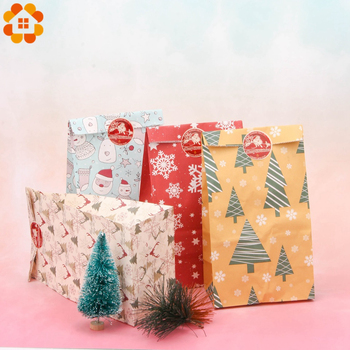 1SET Mix Types Deer Snowflakes Candy Gift Bags With Stickers Merry Christmas Guests Packaging Boxes Party Decor - discount item  23% OFF Festive & Party Supplies