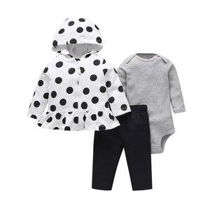 Image 4 - Одежда для маленьких девочек куртка с капюшоном и длинными рукавами + комбинезон, розовый + штаны, коллекция 2020 года, весенне осенняя одежда для новорожденных Милый хлопковый комплект одежды для малышей