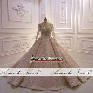 Image 2 - Потрясающее Свадебное платье с длинными рукавами и бисером 2020 Дубай
