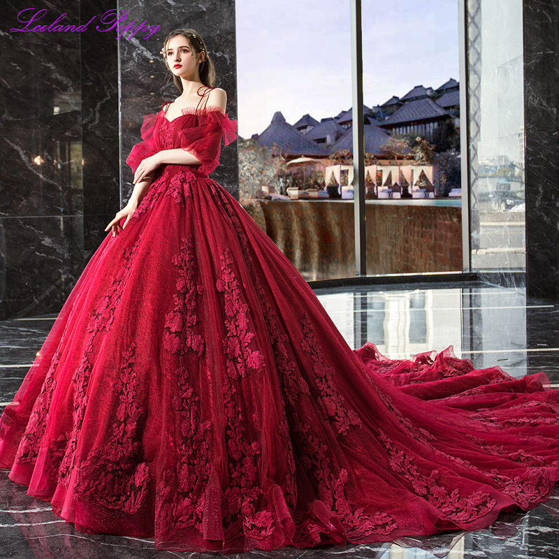 Vestido De Noiva Women's Ball Gown Red Wedding Dress 2019 Off Shoulder Puff Sleeves Cathedral Train Lace Appliques Bridal Dress