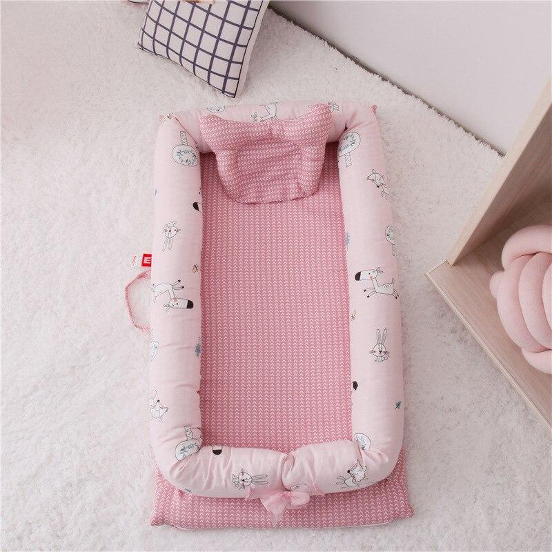 Nouveau-né chaise longue, Portable doux respirant bébé blottir nid, amovible couverture bébé Bionic lit pour nourrissons tout-petits 100% coton