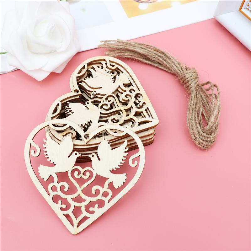 10PCS Wooden Hollowed Heart Shape Hanging Pendants Wood Crafts For Home Party Tree Wedding Party DIY Decoration