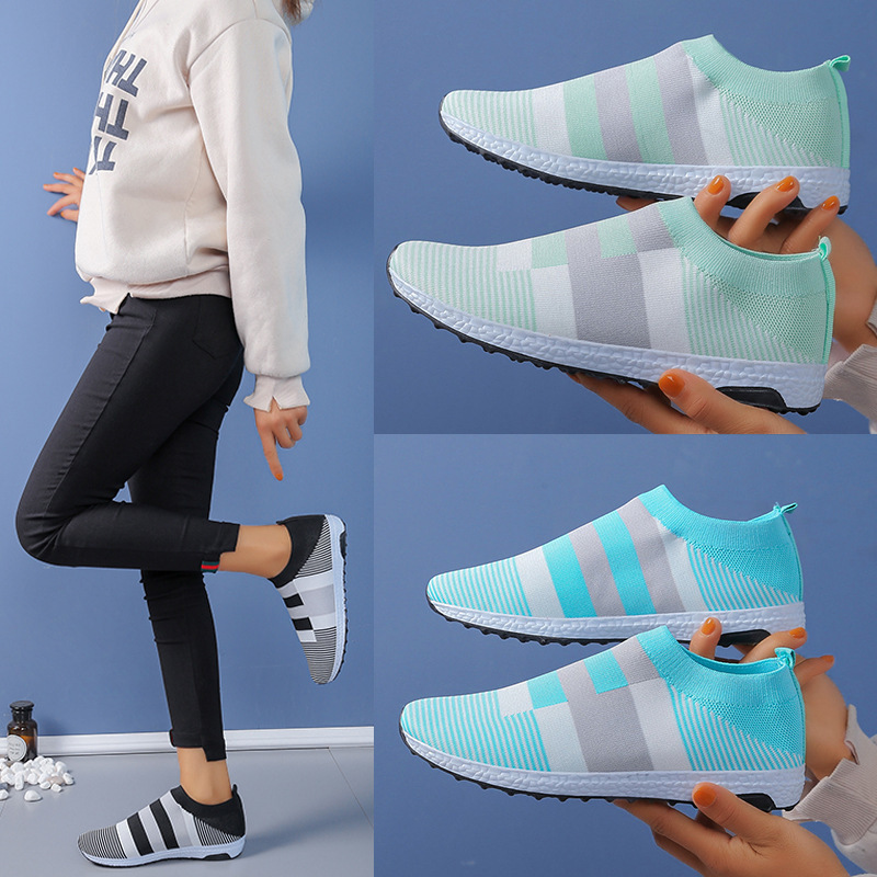 2020 New Women Breathable Mesh Sneakers Slip On Flat Women Stripe Women Shoes Plus Size 35-43 Loafers Walking Flat Shoes NVX191