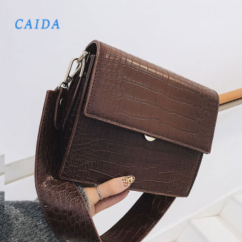 july s song new fashion high capacity pu handbag beautiful high qualitytravel bag for women and family lunch bag CAIDA New High Quality PU Leather Handbags For Women Crocodile Pattern Shoulder Messenger Bag Luxury Handbag 2020 Fashion