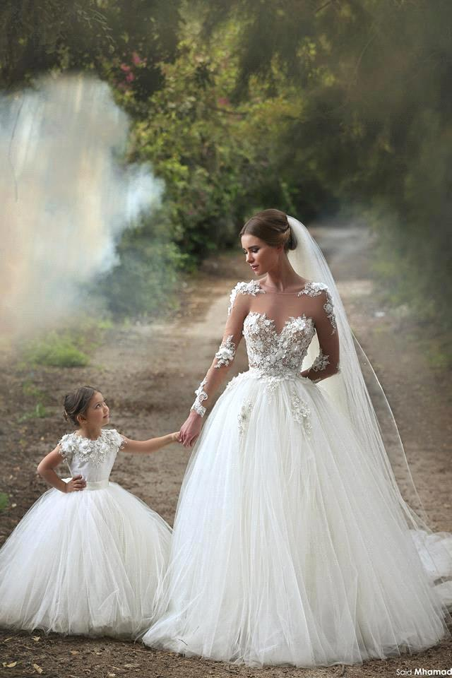 New Arrival Romantic Lace Appliques Wedding Dresses 2016 Vestidos De Novia Long Sleeve See Through Tulle Wedding Dress Ball Gown