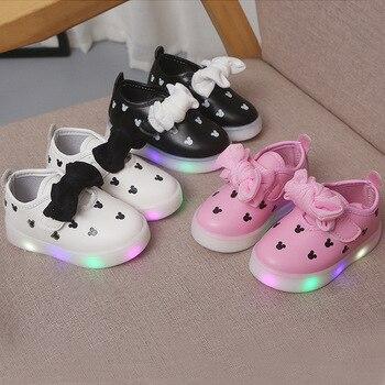 Fashion Girls Shoes Children Skatse LED Light Anti-Slippery Breathtable Casual Skates For Autumn 2020