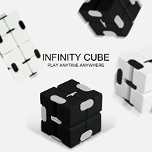 Infinty Cube Children's Fingertips Can Decompress Portable Lightweight Decompression Toy Cube Anti Stress Montessori Toys 2021