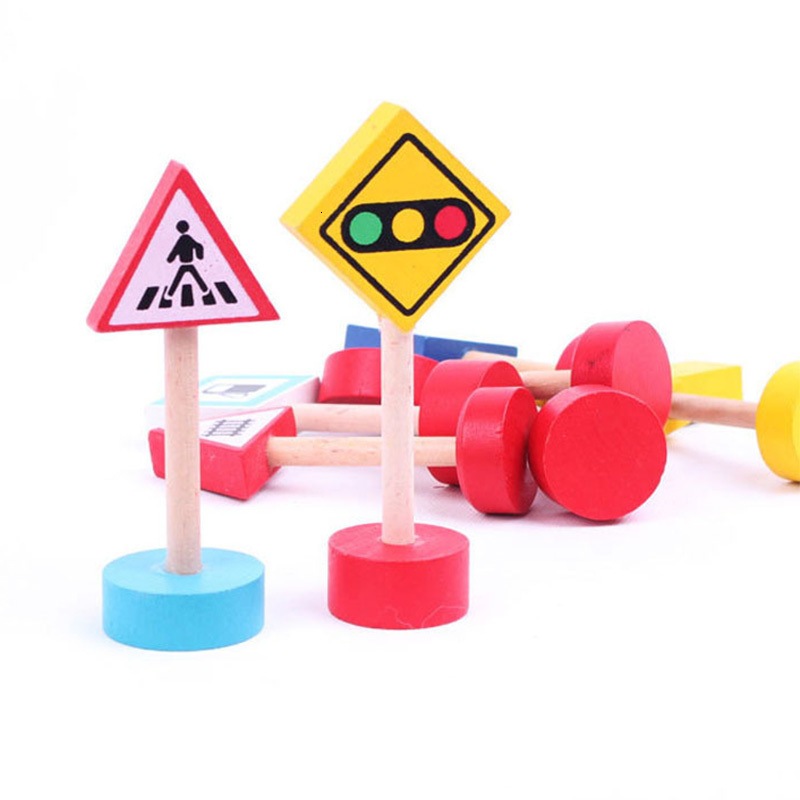 5Pcs Colorful Wooden Street Traffic Signs Parking Scene Kids Educational Toys Children's Cognitive Toys Random Type