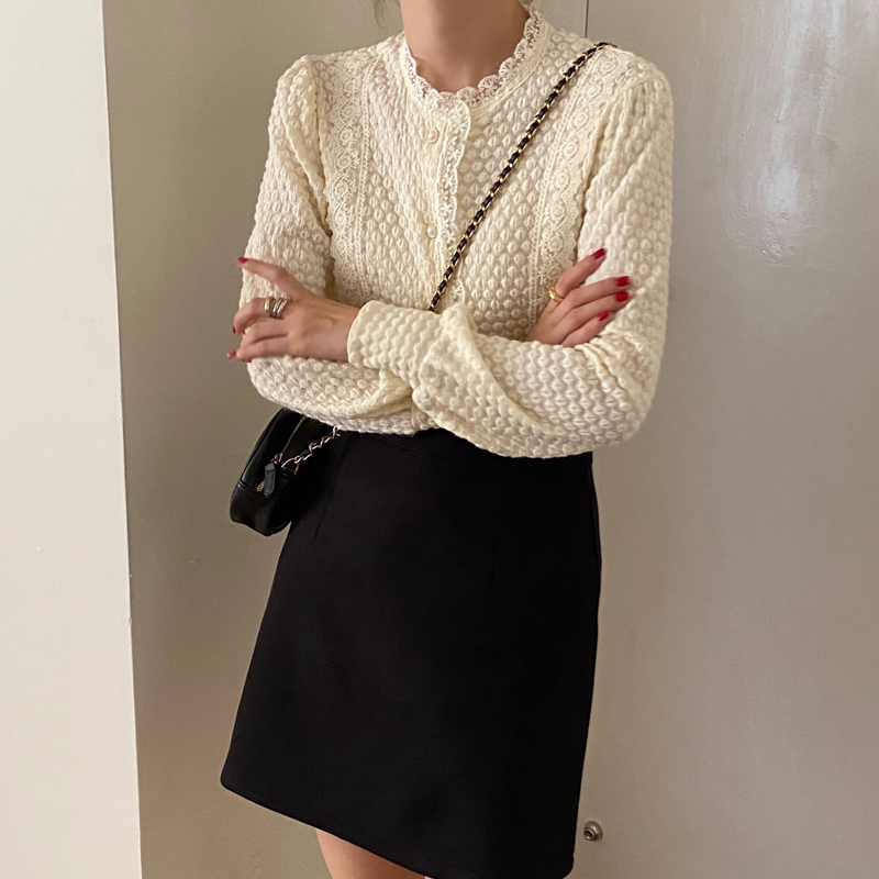 H52c09a153487451f84f82f1bc0e3ec9dx - Spring / Autumn O-Neck Long Sleeves Lace Buttons Blouse