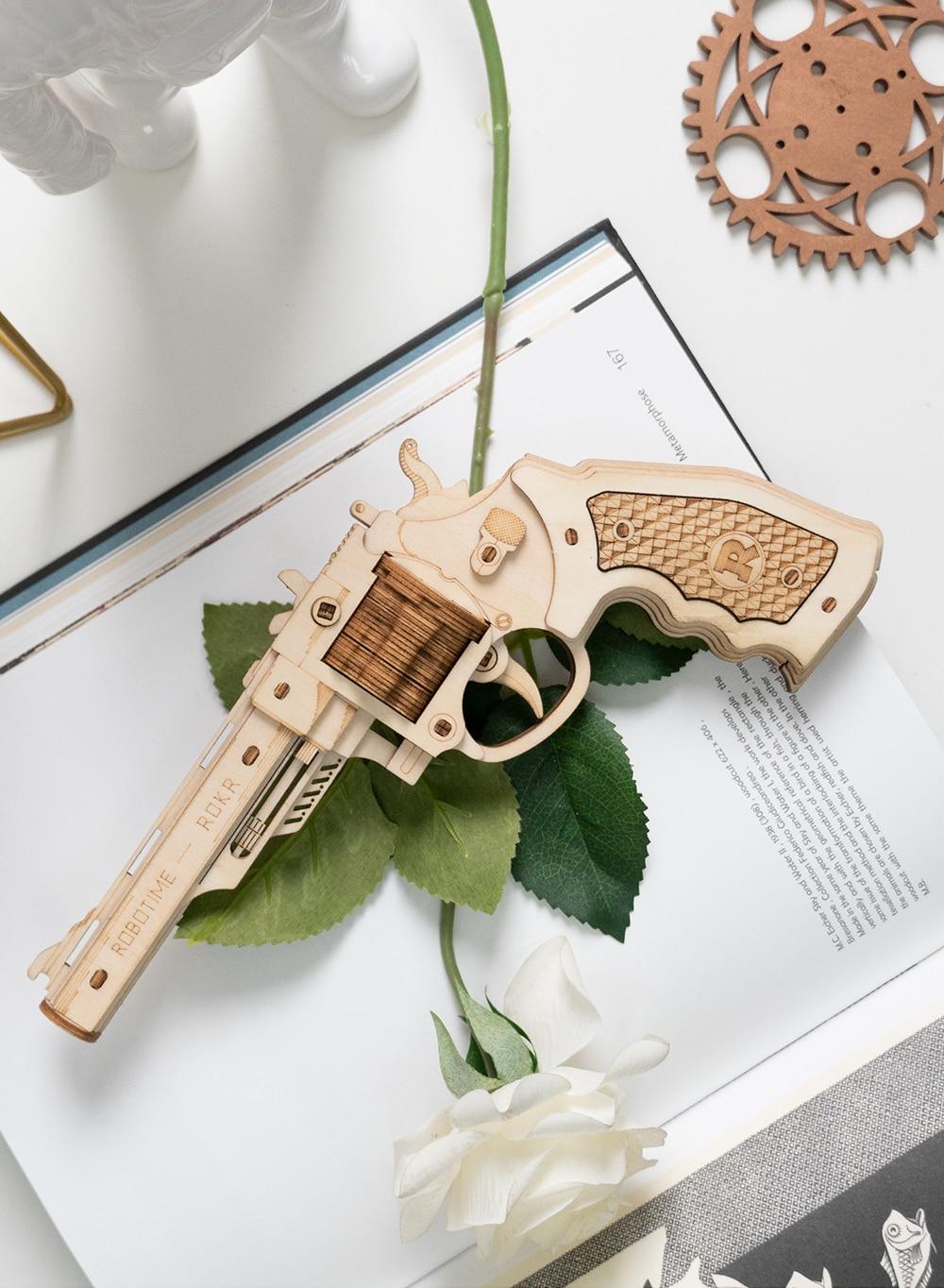Robotime LQ401 Corsac M60 - Justice Guard Gun Toys