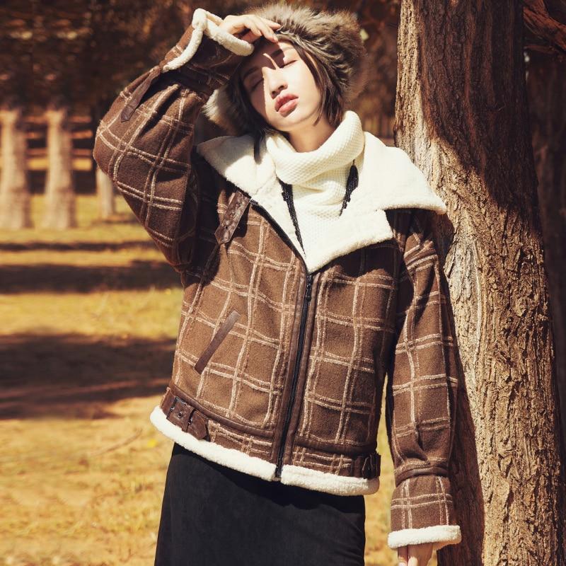 New Women Winter Thick Warm Woolen Short Jacket Ladies Retro England Style Plaid Casual Loose Coat Original Design Overcoat