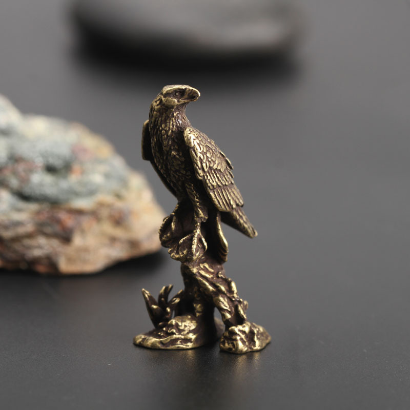 New Brass Eagle Statue Vintage Simulated Animal Statue Home Office Desk Decor Ornament Metal Figure Props Toy Gift