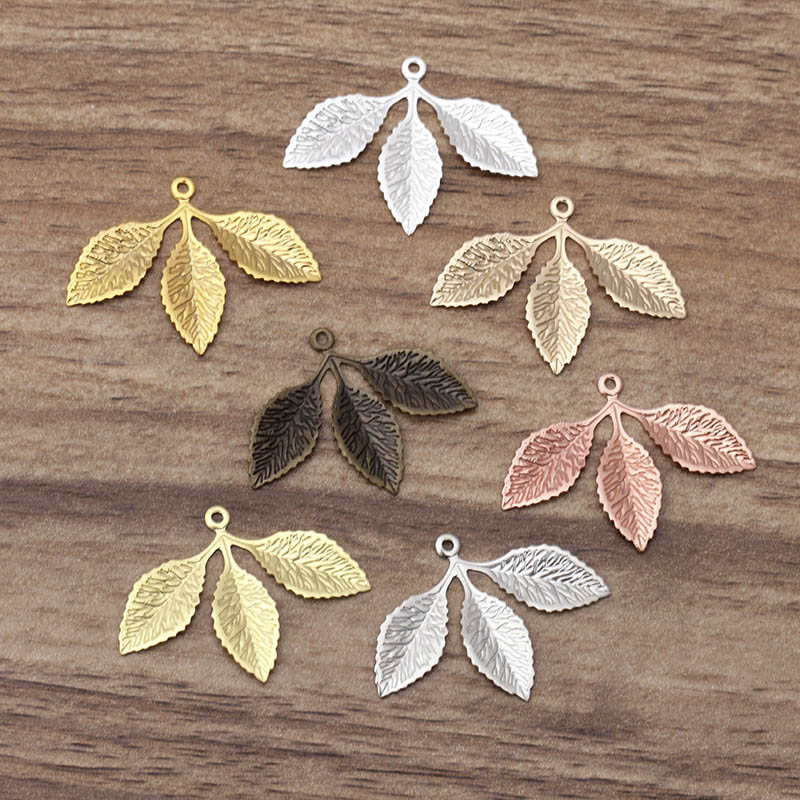 20pcs 31x23mm Metal Filigree Leaf Pendants Gold Silver Color Floating Charms Accessoies For DIY Jewelry Making Lead&nickel Free
