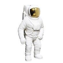 Creative Home Decor Space Man Astronaut Sculpture Cosmonaut Figure Model Ceramic Material Statue Decoration Accessories