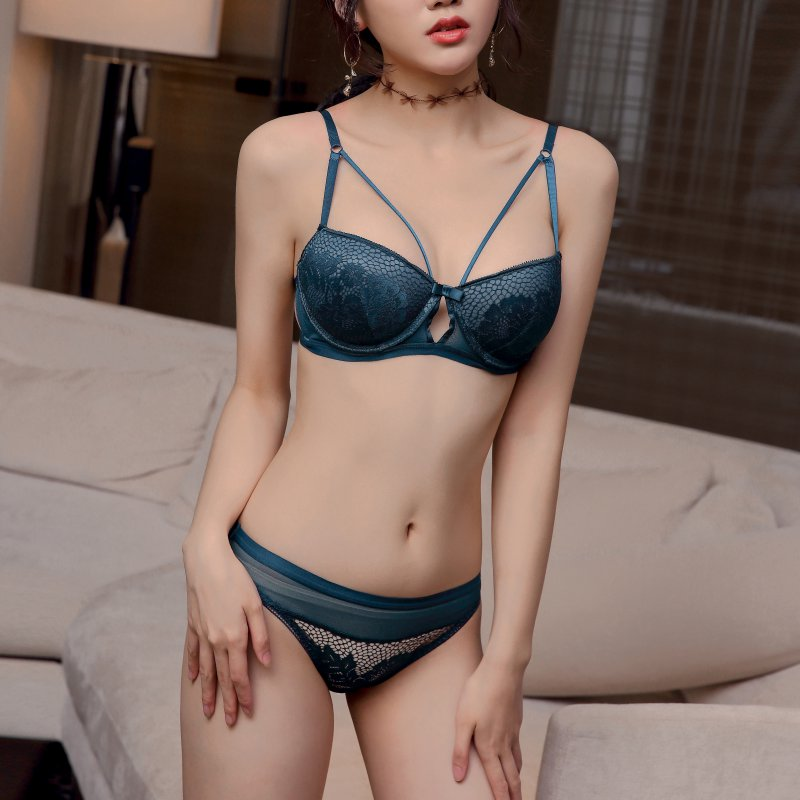 New 2019 Lace Half Cup Beauty Back Bow Embroidered Gathered Bra + Panties Set Breathable Beauty Back Wrapped Bra