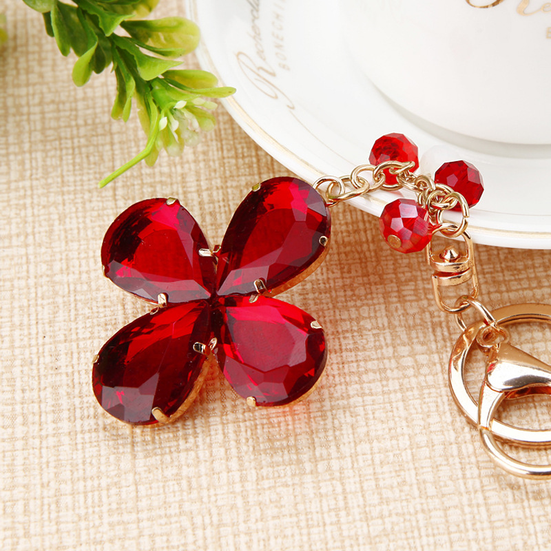 Classic Fashion Crystal Clover Keychain Charm Jewelry Good Luck Womens Rhinestone Bag Car Gift