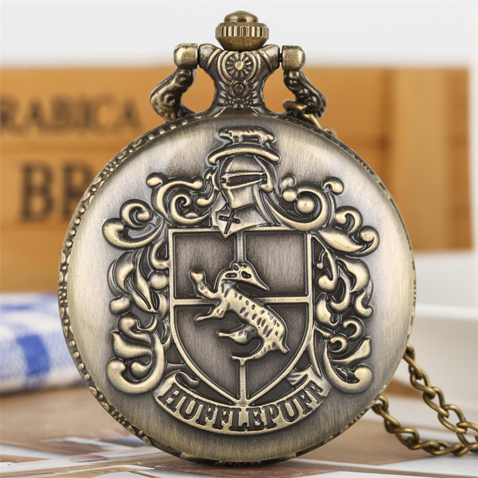Engraved Pocket Watch Bronze Hufflepuff Theme Quartz Pocket Watch Roman Numerals Necklace Clock Retro Fob Sweater Chain Relojes