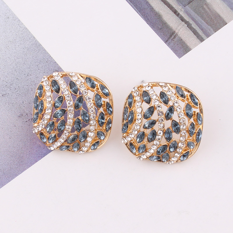 LUBOV 2020 New Korean Vintage Geometic Earrings for Women Girls BOHO Resin Stud Earrings Brincos Fashion Tortoise Jewelry