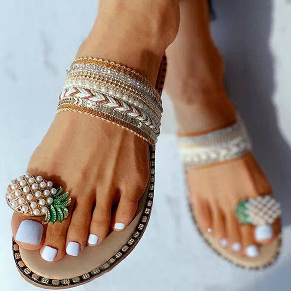 Шлепанцы женские, летние тапочки на плоской подошве, пляжная обувь в богемном стиле, повседневные модные сандалии с кристаллами и ананасами