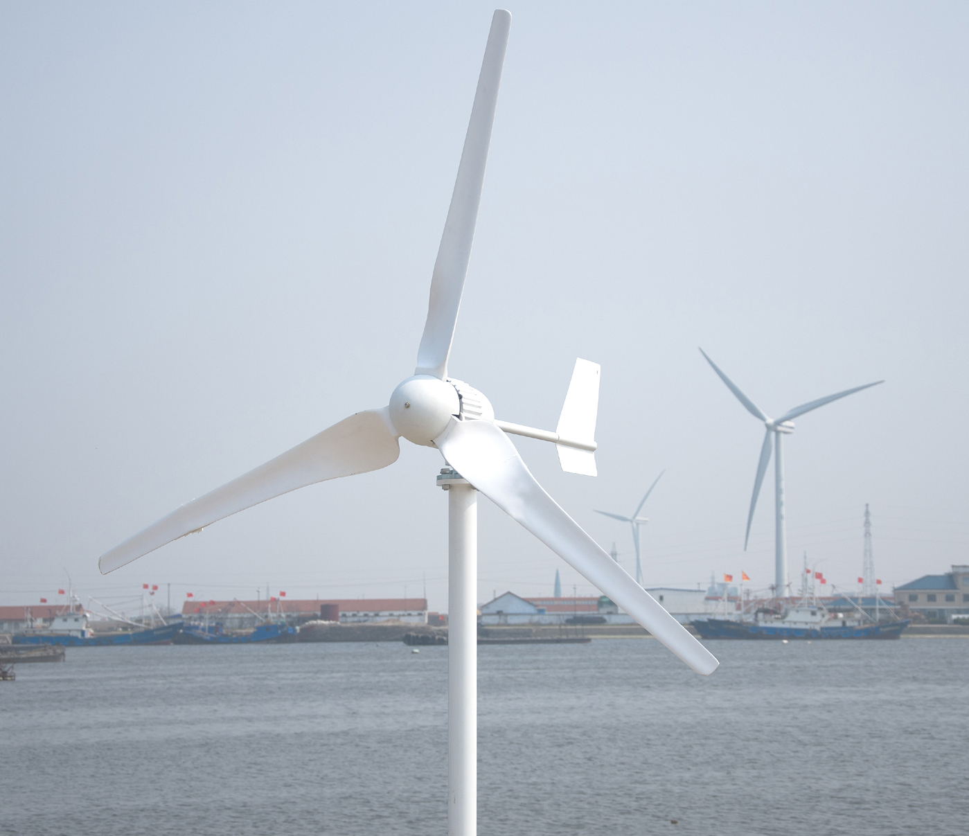 CE Approval 1000W Horizontal Axis Wind Turbine Generator For Land And Marine Include Controller Gift