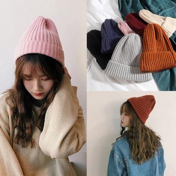 Nowe czapki zimowe stałe wełniane czapki Multi kolory śliczne modne czapki dla mężczyzn kobiety Unisex dzianiny ciepłe miękkie czapki narciarskie czapki tanie i dobre opinie Dla dorosłych CN (pochodzenie) COTTON Z wełny ZBW011 Skullies czapki Nowość Solid Hats Women Girls Men Winter Hats