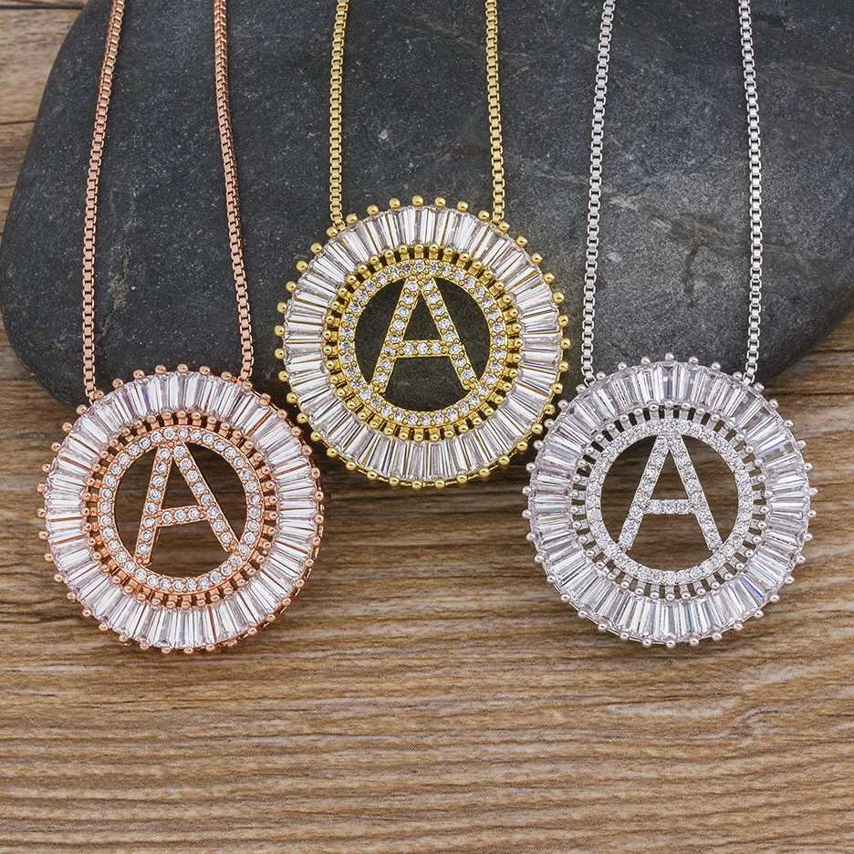ホット販売 A-Z イニシャル 3 色選択マイクロパヴェ CZ 手紙ペンダントネックレス女性のチャームチェーン家族の宝石類のギフト