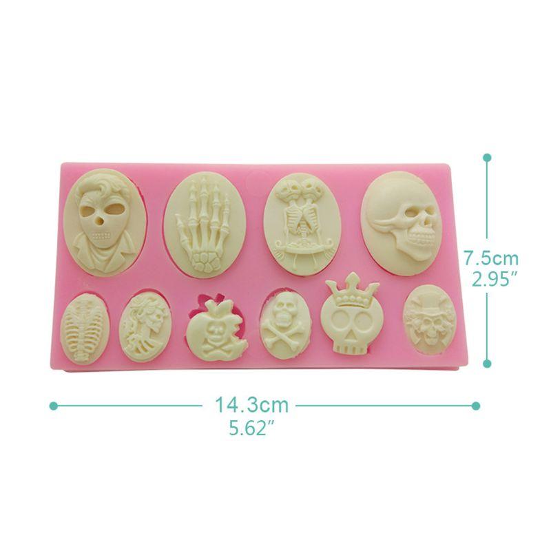 Купить с кэшбэком Halloween Funny Skulls Silicone Liquid Fondant Chocolate Cake DIY UV Molds