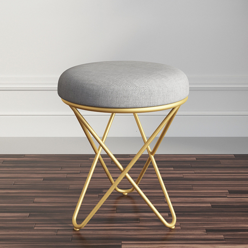 Modern Minimalist Creative Bedroom Princess Dresser Stool Nordic No Back Makeup Chair European Iron Manicure Chair