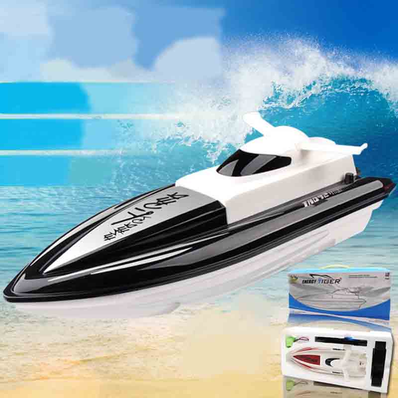 High Speed RC Boat 2.4GHz 4 Channels 30km / H Radio Remote Control RC Racing Boat Electric Toys RC Toys For Children Best Gifts