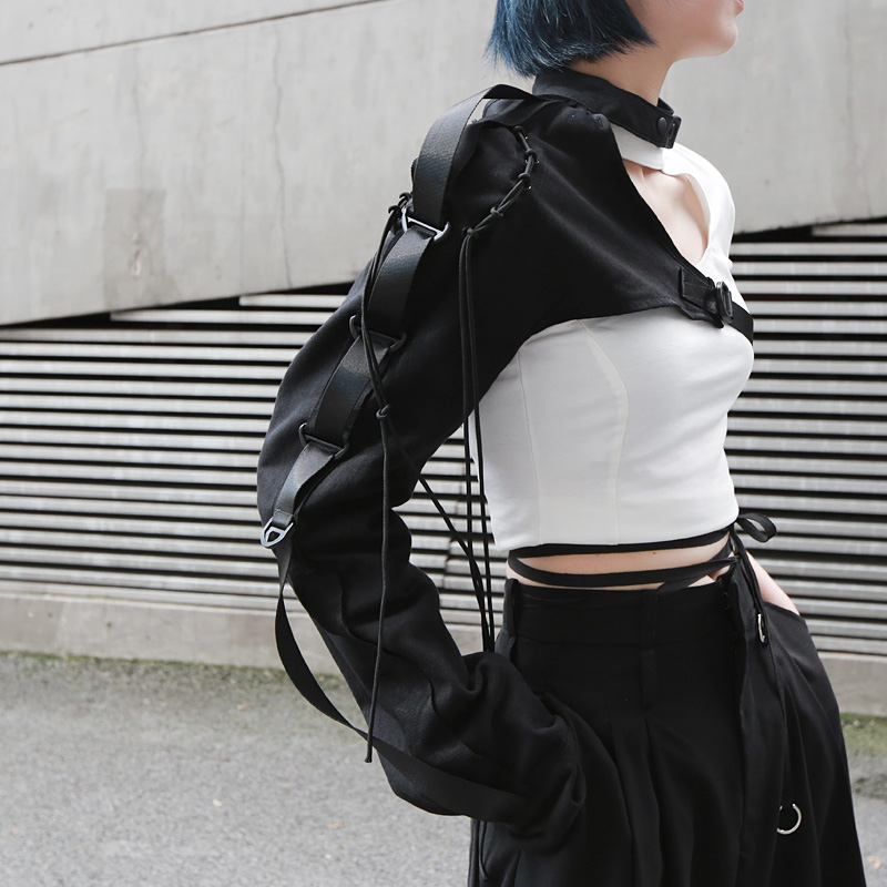 Fashion Irregular One Shoulder Long Sleeved With A Tie-up Women Streetwear Hip Hop Buckle Halter Long Sleeve Coat Tops Black