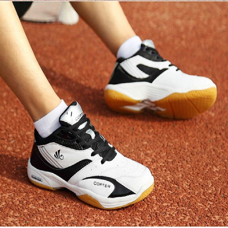 Homem tênis forro sapatos de badminton treinamento